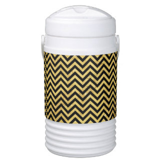 Black and Gold Foil Zigzag Stripes Chevron Pattern Drinks Cooler