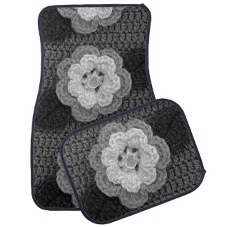Black and Gray Flowers Crochet on Set of 4 Mats