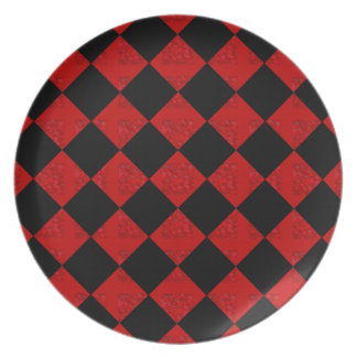 Black and hombre red diamond checker pattern party plates