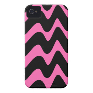 Black and Hot Pink Wavy Lines iPhone 4 Case-Mate Case