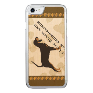 Black and Tan Coonhound on Tan Leaves Carved iPhone 7 Case