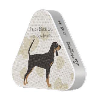 Black and Tan Coonhound on Tan Leaves Speaker