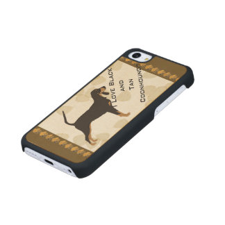 Black and Tan Coonhound on Tan Leaves Carved® Maple iPhone 5C Case