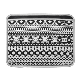 Black and White Aztec geometric vector pattern Sleeve For MacBook Air