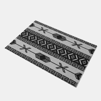 Black And White Aztec Pattern Southwest Tribal Doormat