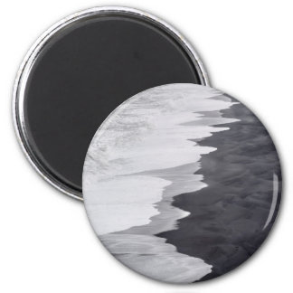 Black and white beach scenic 2 inch round magnet