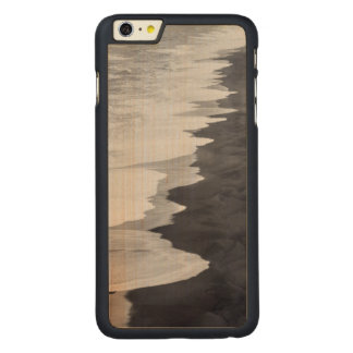 Black and white beach scenic carved® maple iPhone 6 plus case