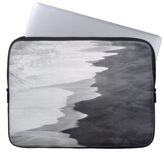 Black and white beach scenic laptop sleeve