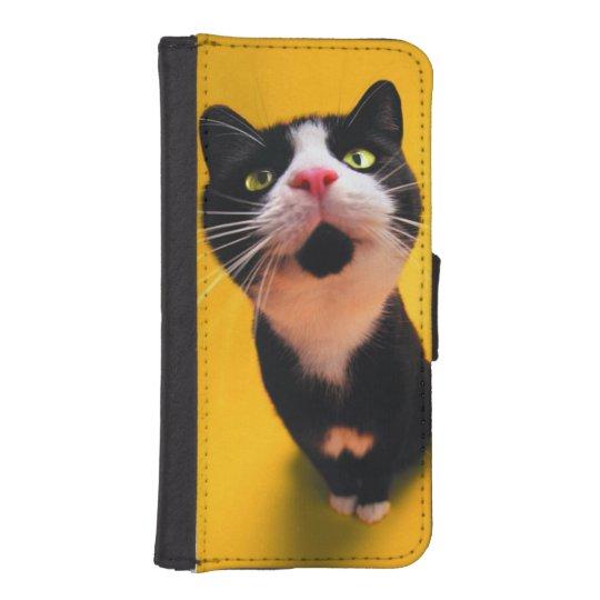 Black and white cat-tuxedo cat-pet kitten-pet cat iPhone 5 wallet cases