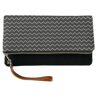 Black And White Chevron Zigzag Pattern Clutch