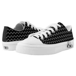 Black And White Chevron Zigzag Pattern Low-Top Sneakers