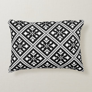 Black and White Christmas Snowflakes Pattern Decorative Pillow