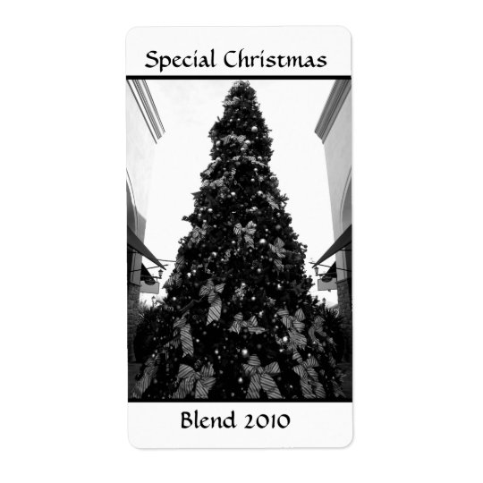 Black and white Christmas tree picture