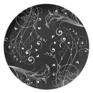 Black and white floral design dinner plate