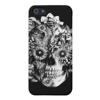 Black and white floral skull iPhone 5/5S cover