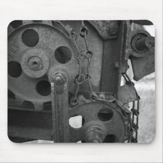black and white gears mouse pad