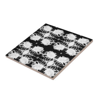 Black And White High Contrast Sunflower Pattern Tile