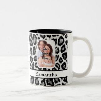 Black and white leopard print Two-Tone coffee mug