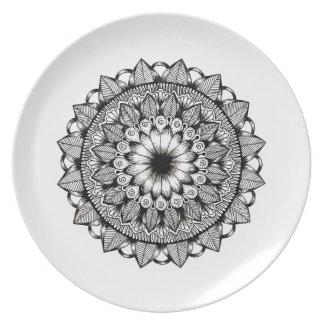 Black and White Mandala Item Plates