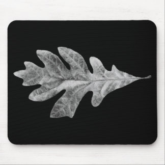 Black and White Oak Leaf Pad with black background Mouse Pad