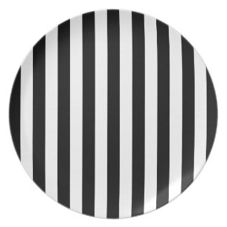 Black and White Optical Striped Plate