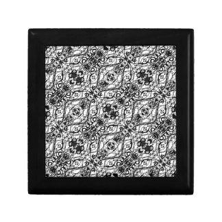 Black and White Ornate Pattern Gift Box