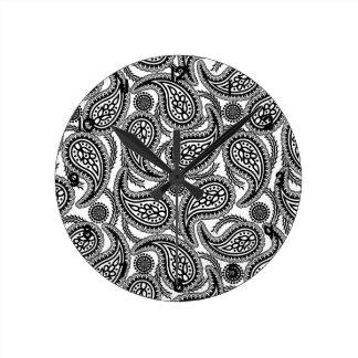 Black and white paisley round clock