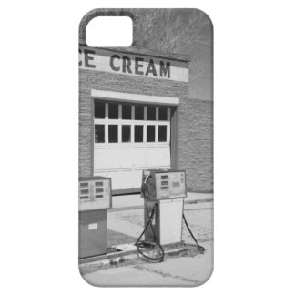 Black and white photo iPhone 5 case