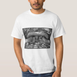 Black and white picture of chain. T-Shirt