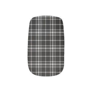 Black-and-White Plaid Nail Art