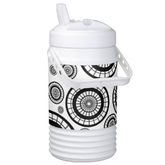 Black and White Repeating Wheel Pattern Cooler