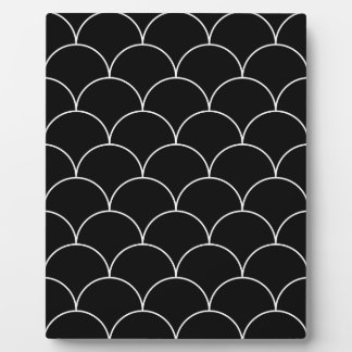 Black and white Scales pattern Plaque