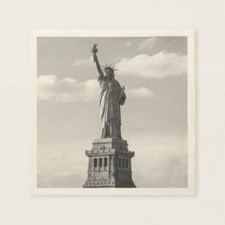 Black and White Statue of Liberty Paper Napkins