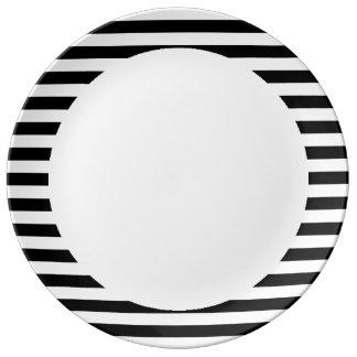 Black and White Stripe Pattern Porcelain Plates