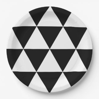 Black and White Triangle Pattern 9 Inch Paper Plate