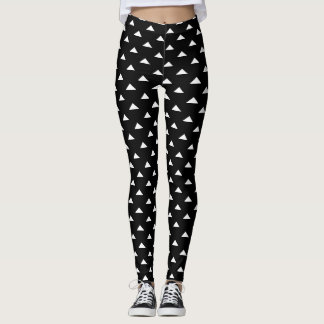 Black and white triangle pattern workout leggings
