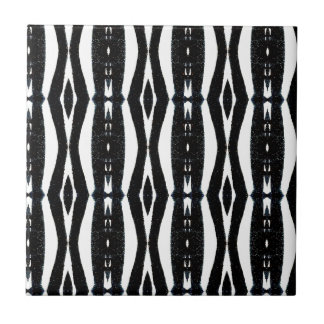 Black and White Vertical Lines Tiles