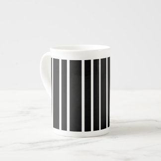 Black and white vertical stripe tea cup