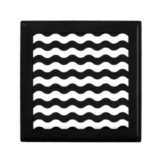 Black and white waves 50s edition gift box
