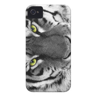 Black and White Wild Tiger Case