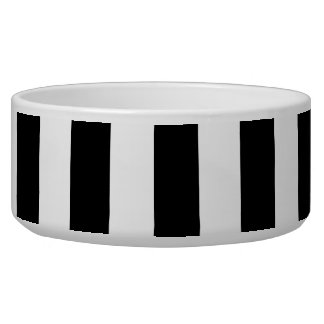 Black and White XL Stripes Pattern