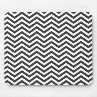 Black and White Zig Zag Pattern Mouse Pad