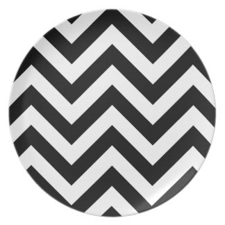 Black and white  Zigzag Chevron Pattern Party Plate