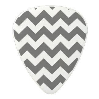 Black and White Zigzag Chevron Pattern Polycarbonate Guitar Pick