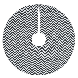 Black and White Zigzag Stripes Chevron Pattern Brushed Polyester Tree Skirt
