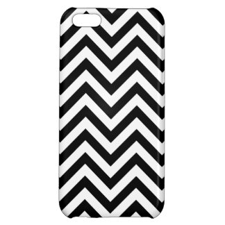 Black and White Zigzag Stripes Chevron Pattern iPhone 5C Cover