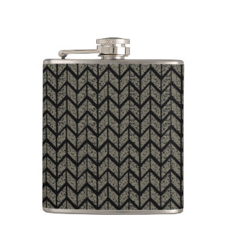 Black Arrow Pattern Hip Flask