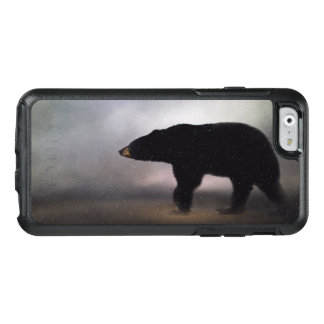 Black Bear in Winter Painting OtterBox iPhone 6/6s Case