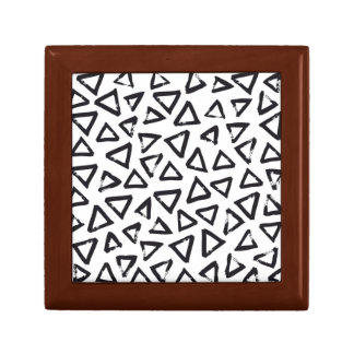 Black Brushstroke Triangel Pattern, Nordic Design Gift Box