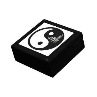 Black Butterfly Yin Yang Gift Box